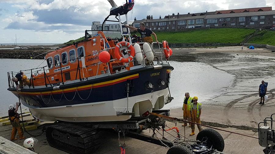 Lifeboat an Land
